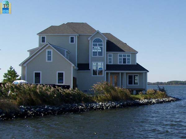 Learn about the best building practices for waterfront homes.